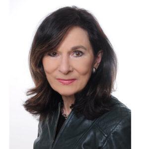 Die Künstlerin Elke Hüttmann